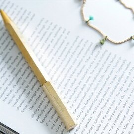 【Limiteria】brass黃銅 經典旋轉筆 vintagel 手工筆 個人品味 沉靜內斂 無表面處理銅 保存獨一無二書寫手印 德國Schneider Gelion39筆芯