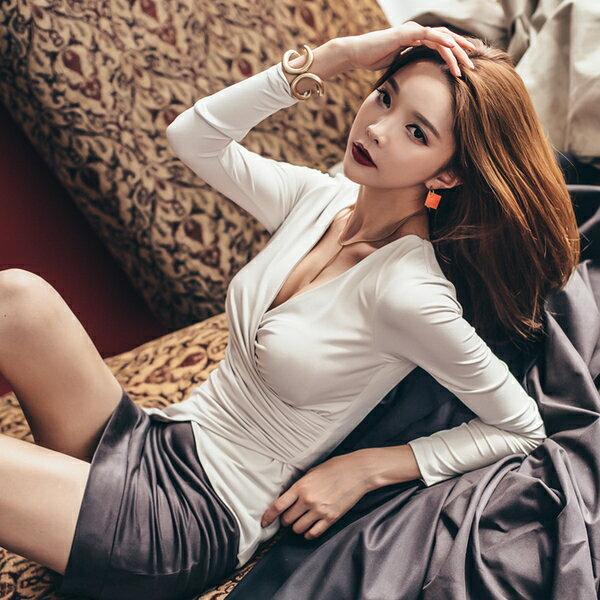 海茵 ~ 秋裝五折~ 1288 韓國連線 性感V領上衣皮裙兩件式套裝 ~  好康折扣