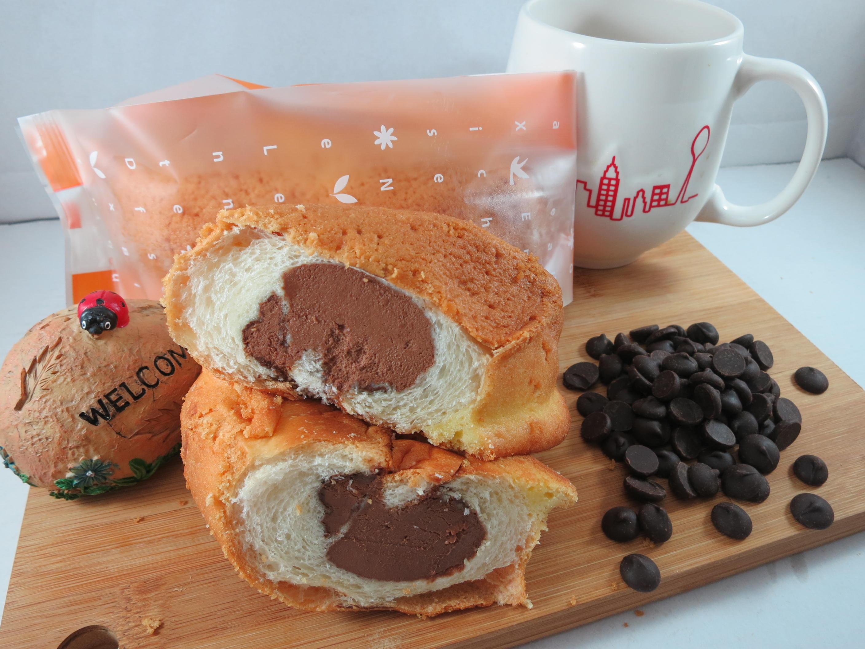 【Bliss Castle】首創灌飽包#爆漿麵包#厚黑巧克力(四入一盒)#下午茶#夏日野餐趣#多種吃法# 0