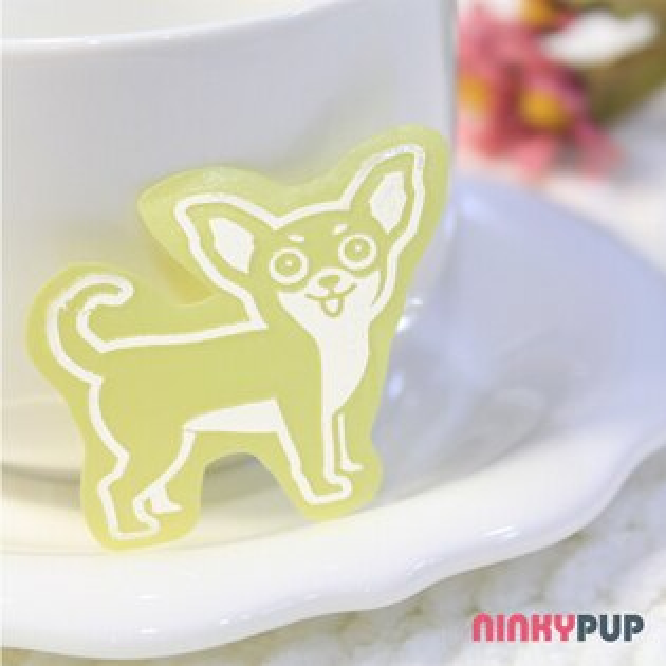 [寵物貼紙] 反光貼紙  萌犬吉娃娃 3.4*4.2cm