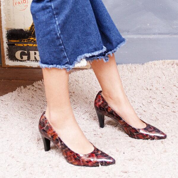 Gabor 菱紋未來感時尚低跟鞋 2