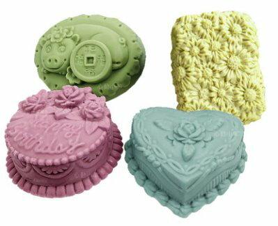心動小羊^^韓國新品四聯矽膠模具/DIY手工皂模具/香皂模具/發財豬 小雛菊等
