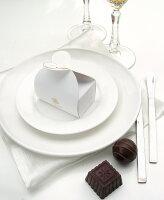 分享幸福的婚禮小物推薦喜糖_餅乾_伴手禮_糕點推薦七見櫻堂  婚禮幸福白二入巧克力禮盒