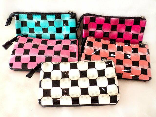格紋系列~皮革 三層 多層 收納 袋 MP3 收納 漸層  格紋 方格 化妝包 手機袋 錢