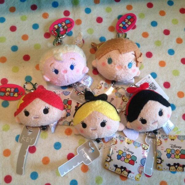 =優生活=迪士尼tsum tsum冰雪奇緣 白雪公主 美人魚 愛麗絲多功能自動伸縮鑰匙扣 鑰匙圈 吊飾娃娃 識別證