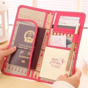 【瞎買天堂x皮革質感】韓風旅行二折式護照包 PU皮革手感 輕薄好攜 機票包 護照夾【CBAA0409】