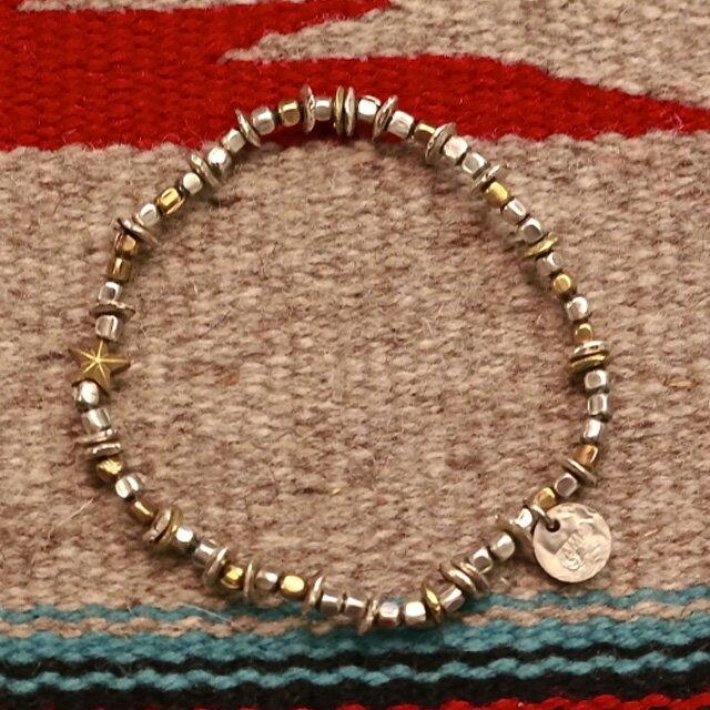 【海外訂購】【amp japan】星星串珠小銅幣墜飾手鍊(AMP-13AHK-140-Silver&gold  06412200OE) 1