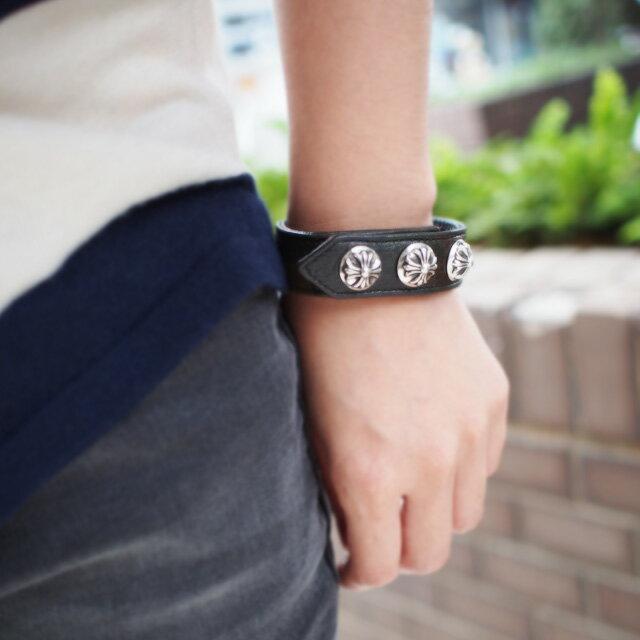 【海外訂購】【Chrome Hearts】純銀十字墜飾黑色牛皮手環(CHLB-008CR-Black  0003440004) 6