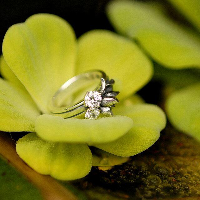 【海外訂購】【KONRON】小確幸花中寶石純銀戒指-白色(KRR0448-CZ-Clear) 1