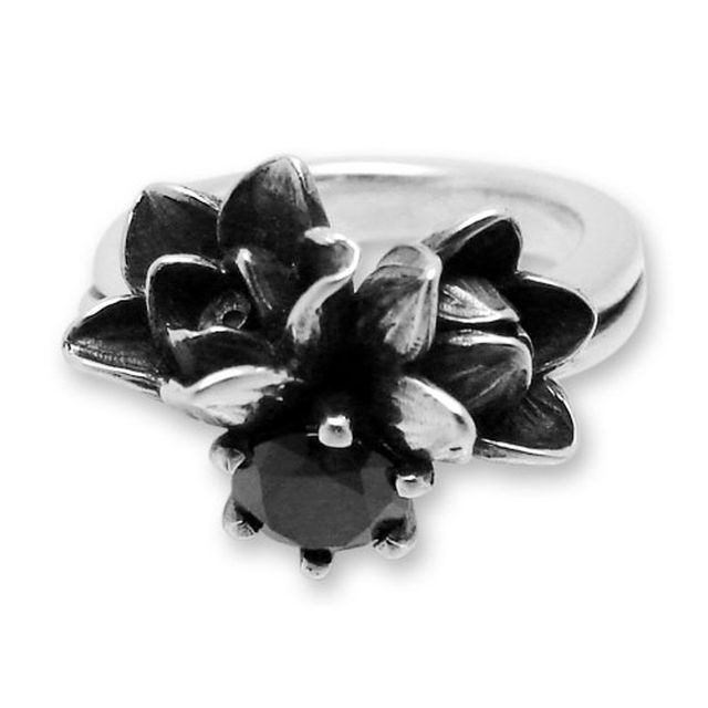 【海外訂購】【KONRON】小公主花朵寶石純銀戒指-黑色(KRR0523-Cz-Black) 1