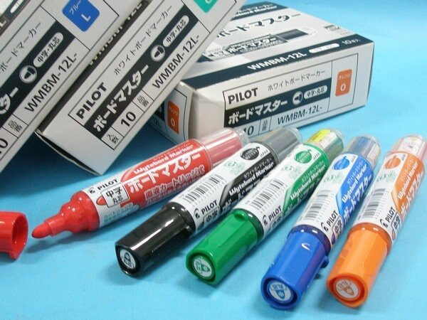 PILOT百樂白板筆WMBM-12L可換卡水白板筆一般中字圓頭 日本製/一支入{定45}
