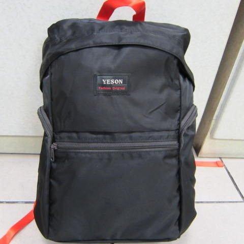 ~雪黛屋~YESON 折疊收納後背包 輕便好攜帶超輕防水尼龍布材質可掛行李箱拉桿上並用F665黑