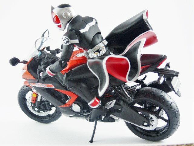 【秋葉園 AKIBA】日本限定品 kawasaki ninja ZX-6R 2014model 摩托車模型 1/12scale 適合一般尺寸公仔 4