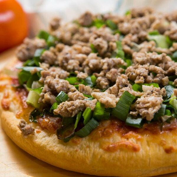 【法羅烤箱現作手工披薩】《鮮蔥烤豬肉pizza》