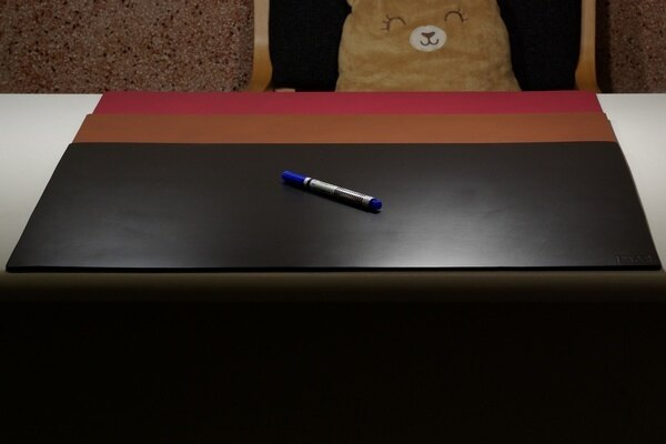 皮革牛皮皮製真皮桌墊皮桌墊大桌墊超大桌墊(黑)方邊長60公分*40公分-Mark Honor