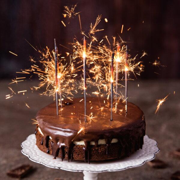 ★樂樂甜點★【超濃生巧克力布朗尼蛋糕】!!!樂樂甜點的經典代表之作。深受國內與國外遊客的喜愛!濃郁的生巧克力與乳酪餡的結合,搭配口感濕潤的布朗尼蛋糕。天啊!真是絕妙組合!