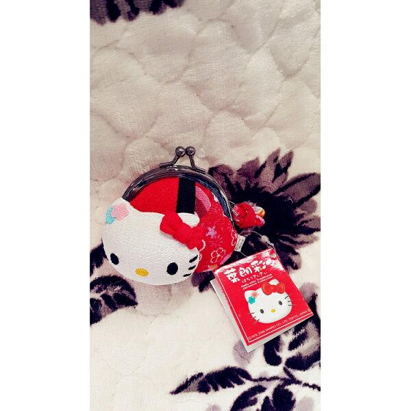 日本 Hello Kitty 葉朗彩彩刺繡零錢包 (現貨)