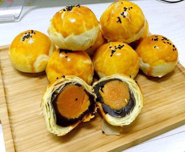 中秋拌手禮首選-純手工烏豆沙黃金蛋黃酥-7入裝