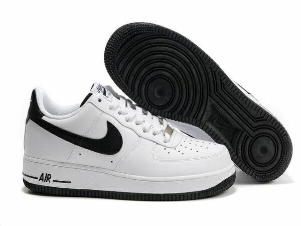 NIKE AIR FORCE 1 NK AF1 空軍一號 新經典情侶板鞋 白黑低幫 男女鞋