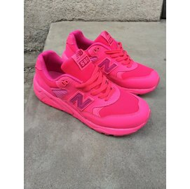 New Balance 新百倫 580芭比公主騷粉 女生鞋 運動休閒鞋 慢跑鞋(粉紅36-39)
