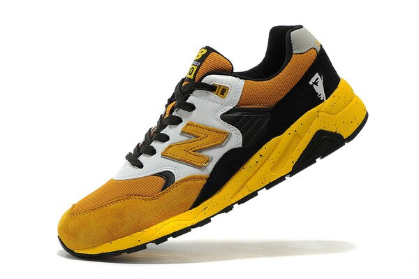 New Balance 580系列 李小龍聯名款 黃色 男鞋