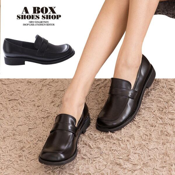 格子舖*【KiA228】MIT台灣製 透氣亮皮 2.5cm粗低跟 學生皮鞋 休閒皮鞋 黑色