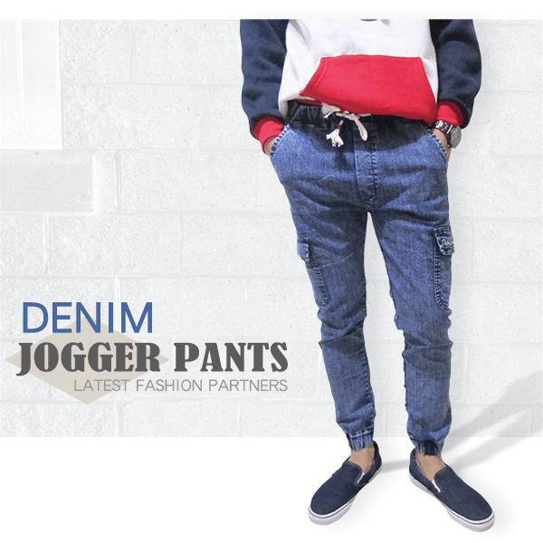 sun-e DENIM JOGGER PANTS、牛仔縮腳褲、丹寧縮口褲、側貼袋束腳褲、美式休閒潮流縮口褲、慢跑褲、褲管束腳、顯瘦休閒褲、JOGGERS、多口袋工作褲、抽繩束口褲、牛仔褲、休閒長褲、腰圍寬版鬆緊帶(321-6050-34)淺牛仔、(321-6051-32)深牛仔 尺寸M、L、XL、2L(腰圍:28~35英吋) [實體店面保障]