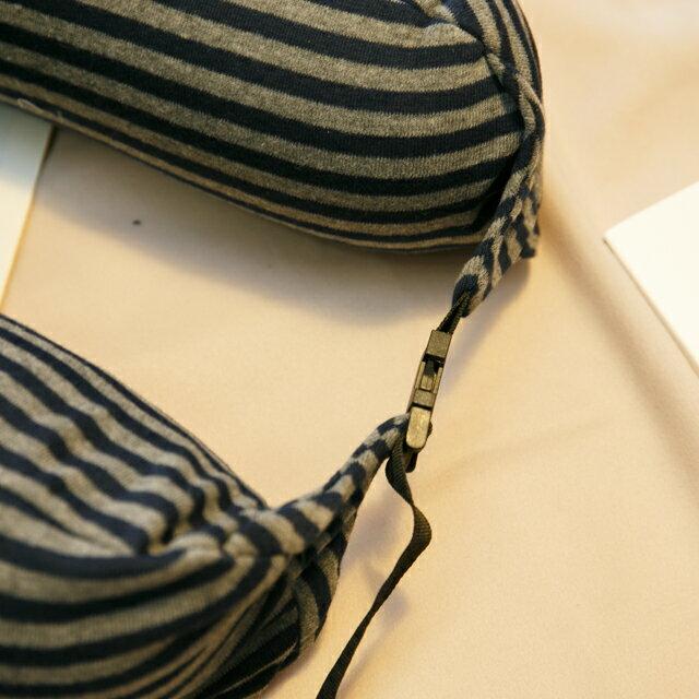 無印風格 線條頸枕(微粒) 紓壓/休息 便利實用 2色可選 4