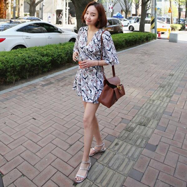 PS Mall 韓版時尚復古V領寬鬆七分袖收腰碎花連身裙 洋裝【T1771】