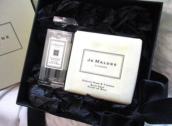 *Realhome*英國 Jo Malone 英國梨與小蒼蘭*旅用泡澡油&香皂 ~限量推出