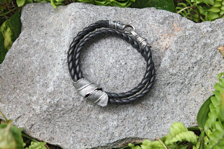 【現貨商品】【M.Cohen】編織皮革扣羽手環 (MC-B-10705-SLV 0977000004) 1