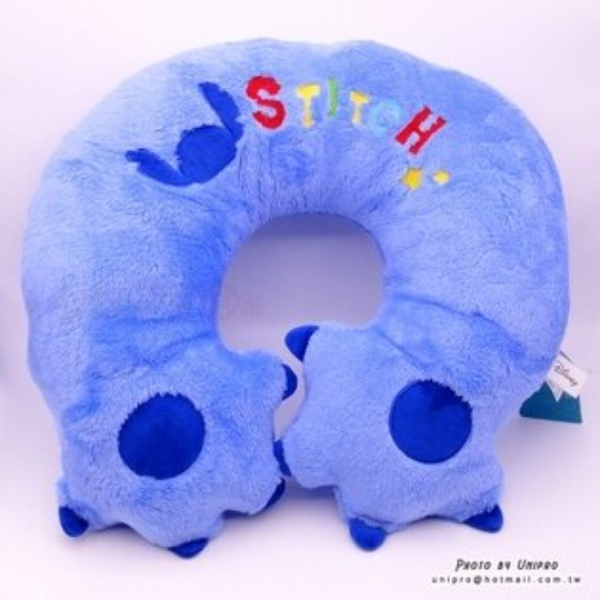 【UNIPRO】迪士尼正版 史迪奇 STITCH 多功能 絨毛手臂 頸枕 U型枕 午安枕 坐墊 兩用枕 家飾用品