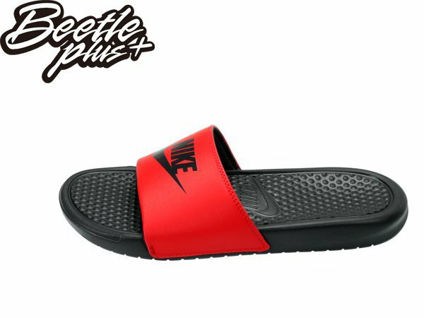 女生 BEETLE NIKE BENASSI JDI GS PS 紅黑 文字 LOGO 拖鞋 555628-600 0