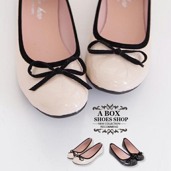 格子舖*【Ai290】MIT台灣製 OL上班族穿搭必備百搭素面亮皮圓頭平底包鞋 娃娃鞋 2色