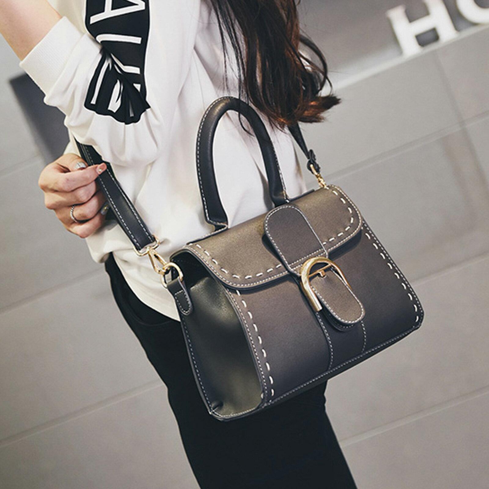 手提包 韓版時尚扣環小方包側背包【O3153】☆雙兒網☆ 5