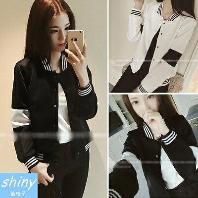 【V3890】shiny藍格子-輕柔美學.黑白撞色休閒運動棒球服長袖外套
