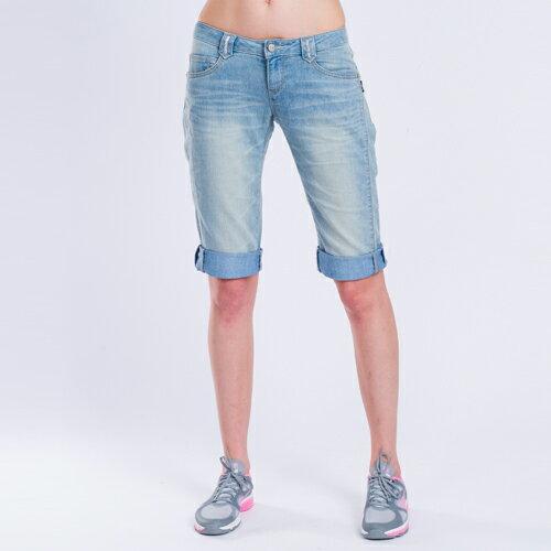 【ET BOîTE】 箱子 美腿六分牛仔褲 0