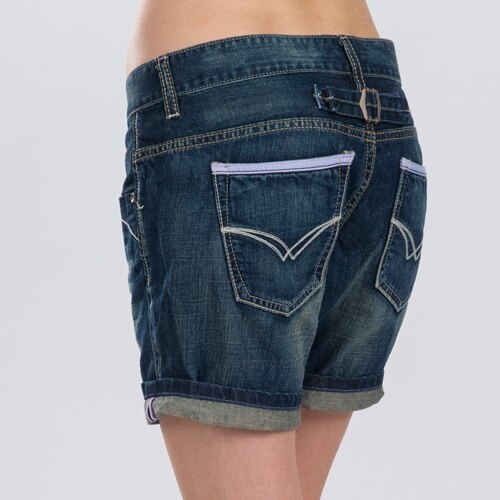 【ET BOiTE 箱子】 男友風俏皮口袋牛仔短褲 1