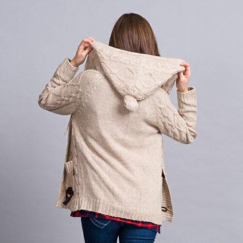 【ET BOîTE 箱子】織紋牛角釦鋪棉連帽針織外套 1