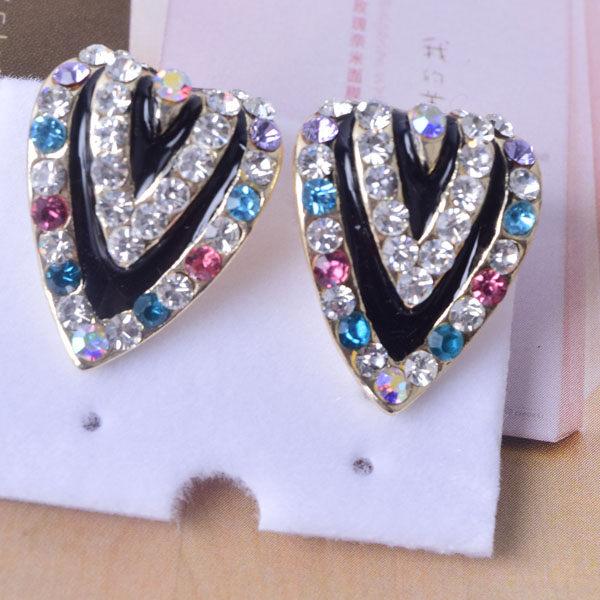 R83 傑克鑽 耳環 簡單時尚 璀璨 鑲 鑽 大方 簡約 耳環 一對 50元 超便宜
