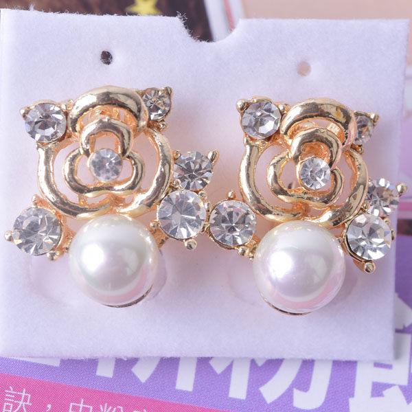 R80 傑克鑽 耳環 簡單時尚 璀璨 鑲 鑽 大方 簡約 耳環 一對 50元 超便宜