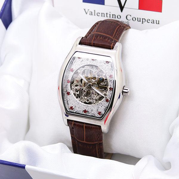 《好時光》Valentino 范倫鐵諾 經典酒桶 紅寶石 藍寶石 數字 雕花錶盤 雙面鏤空 自動機械錶-皮錶帶