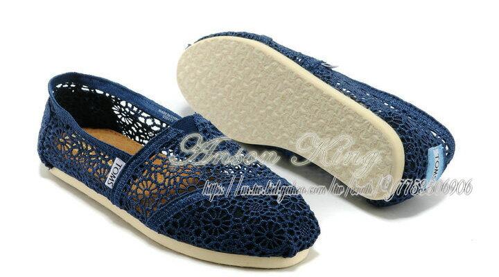 [女款] 國外代購TOMS 帆布鞋/懶人鞋/休閒鞋/至尊鞋 蕾絲系列  深藍 0