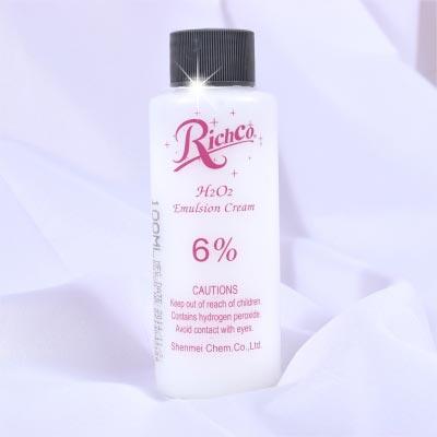 【美髮沙龍.DIY染髮】6%染頭髮專業用雙氧水(顯色劑)-100ml [48771]另有販售1000ml