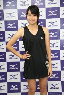 MIZUNO美津濃 女用抗UV排汗長版背心(黑) 顯瘦長版 85TW-11309