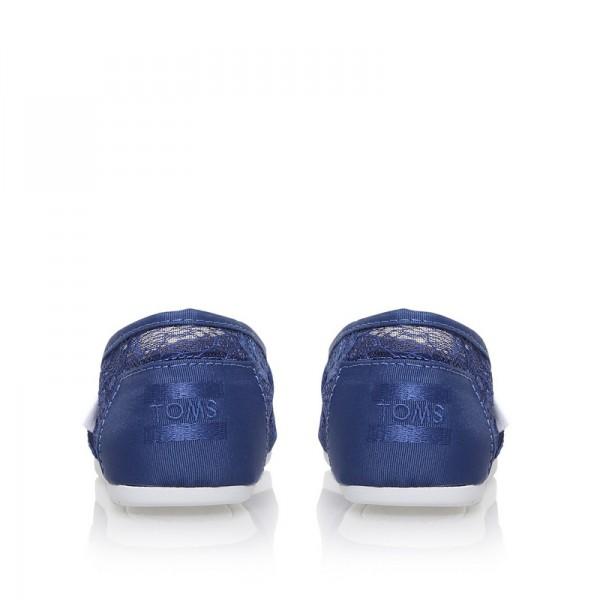 【TOMS】深藍色新款蕾絲平底休閒鞋  Navy Lace Women's Classics 5