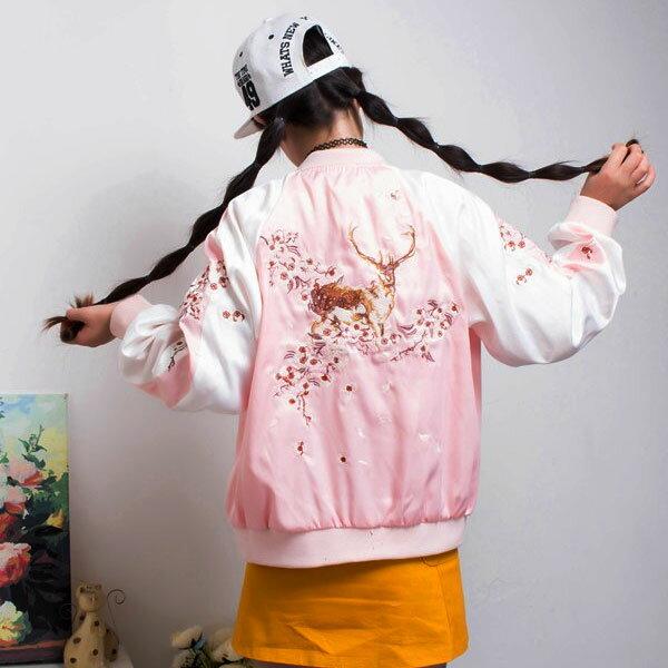 梅花鹿 棒球 外套 緞面 運動 夾克 刺繡 復古 帥氣 花 韓 黑粉 日本原宿