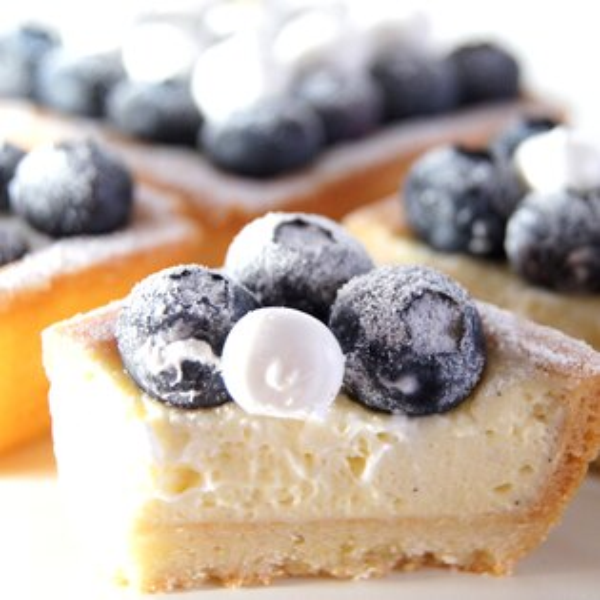 【甜點特務】[ 黑白棋盤藍莓塔 ] 新鮮藍莓+酥脆塔皮+香草卡士達