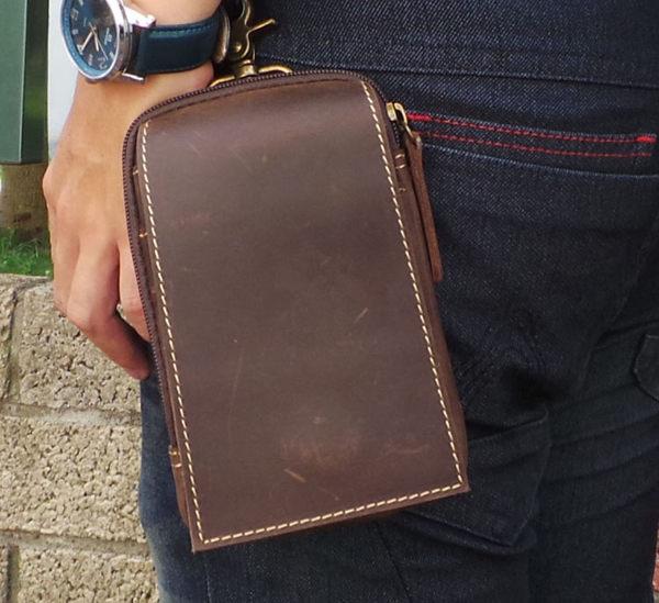 真皮手機腰包~休閒復古瘋馬皮 暗扣多層 手機袋 iPhone 手機包 掛包 真皮包 零錢包