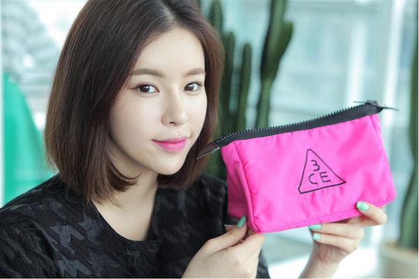 韓國3CE(3CONCEPT EYES)正韓粉紅限定 化妝包(小款) PINK POUCH SMALL【庫奇小舖】